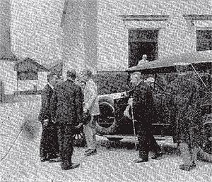 1924---Visita-Real---Coche