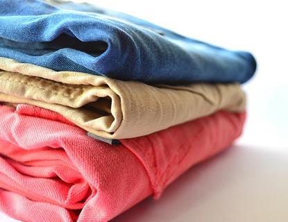 ¿Qué significan los símbolos de las etiquetas de la ropa?